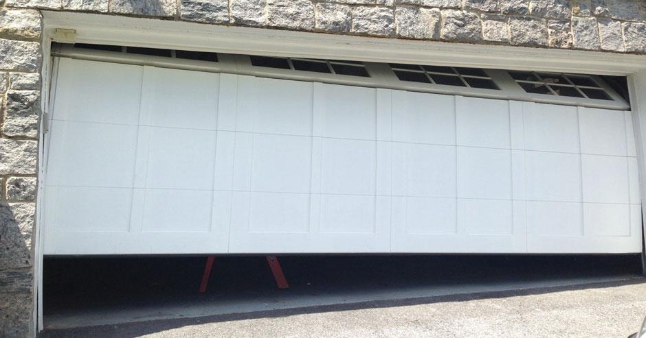 Broken Garage Door Repairs Seattle